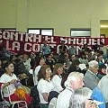 Dos centenares de personas participan de los debates