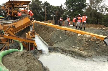 Diciembre 2011 Observatorio De Conflictos Mineros De América