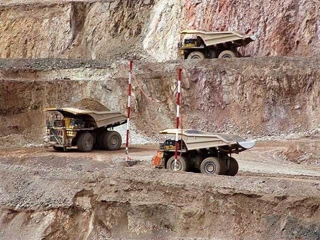 camiones mineross