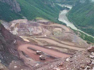 mineria negocio despojo